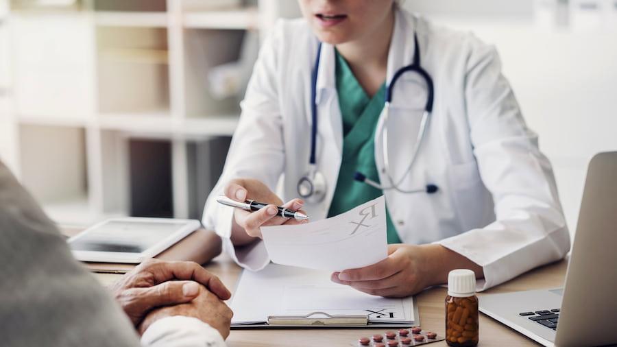 Arzt im Patientengespräch © sebra, stock.adobe.com