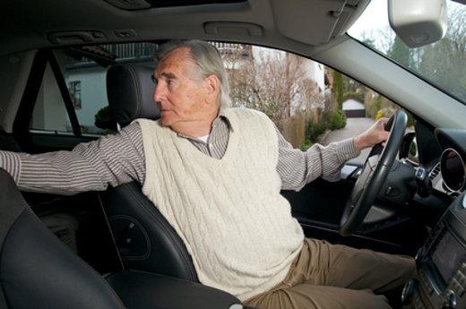 Aufmerksamer Autofahrer ©  Peter Maszlen, fotolia.com