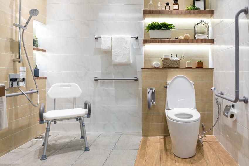 Gut bekannt Hilfsmittel für das WC: Toilettenbenutzung ohne Hindernisse BA24