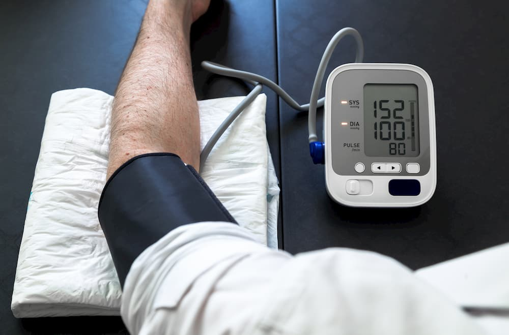 Blutdruckmessgerät für den Oberarm © angellodeco, stock.adobe.com