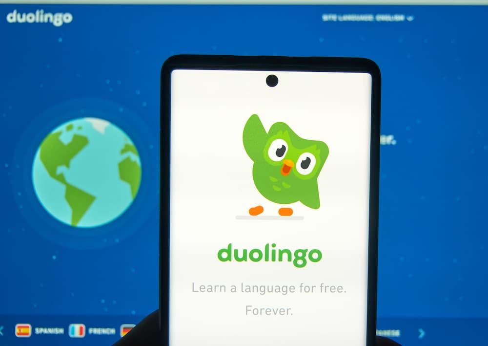 Duolingo ist für Android und iOS erhältlich © dennizn, stock.adobe.com