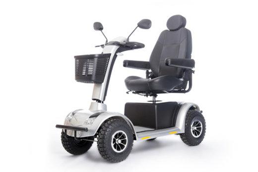 Elektromobil mit vier Rädern © ahavelaar, fotolia.com