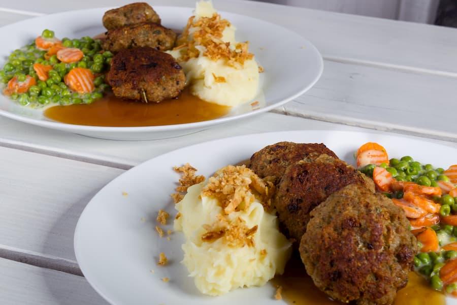 Essensmenü für Senioren © Hildebrandt, stock.adobe.com