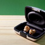 Hörgeräte – Reinigung und Aufbewahrung