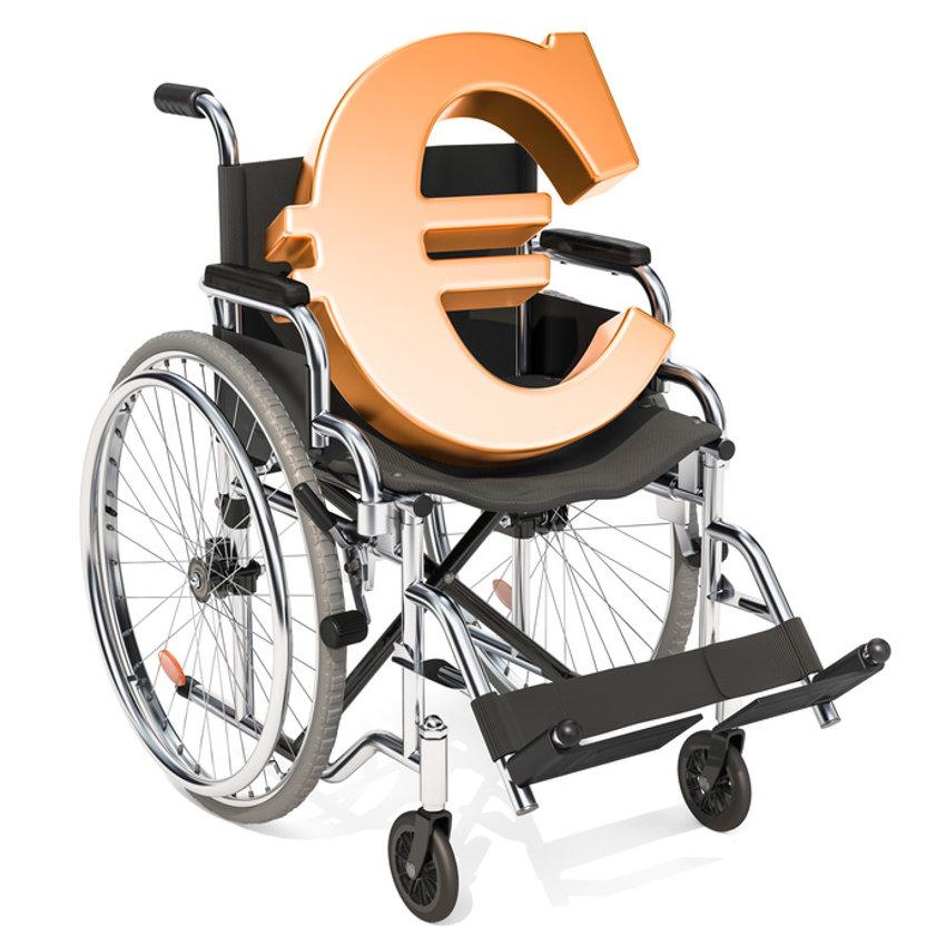 Rollstuhl Kosten © alexlmx, fotolia.com