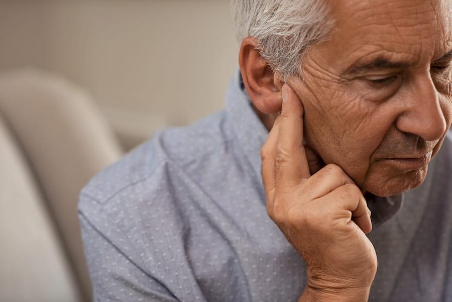 Senior allein und einsam © Rido, stock.adobe.com