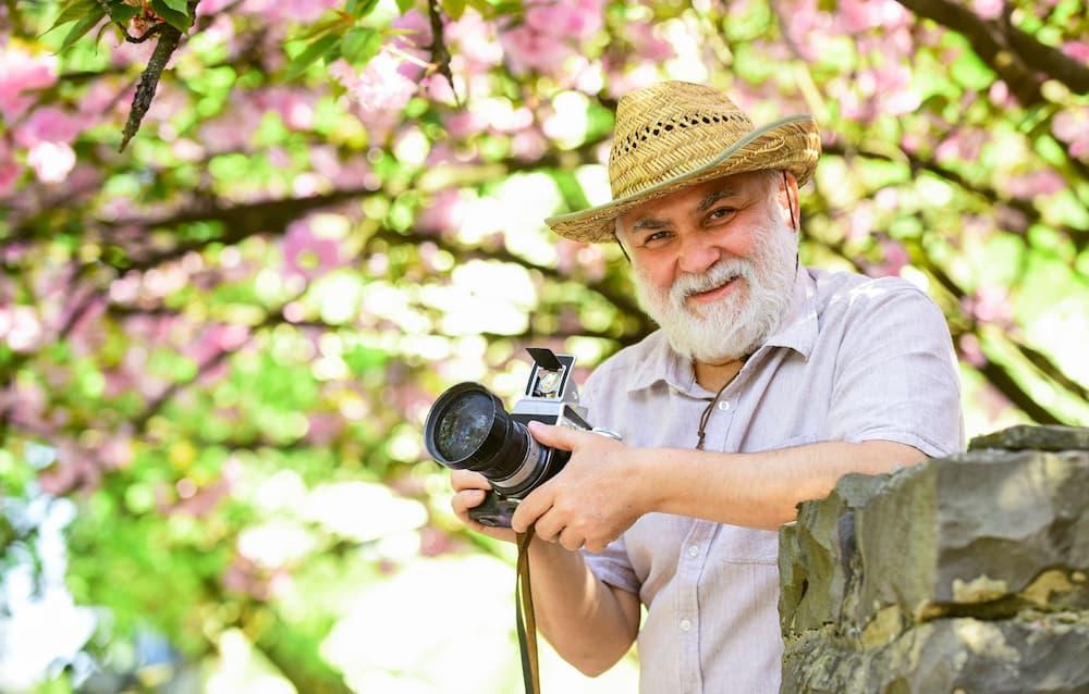 """Nach dem Fotokurs beherrschen auch """"Non-Digitals"""" die Digitalkamera © be free, stock.adobe.com"""