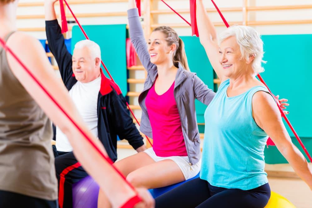 Senioren beim Fitness © Kzenon, stock.adobe.com