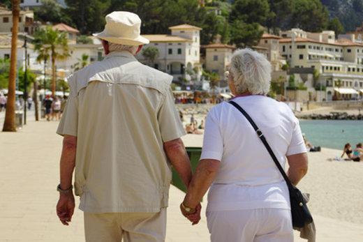 Senioren auf Reisen © Matthias Stolt, fotolia.com