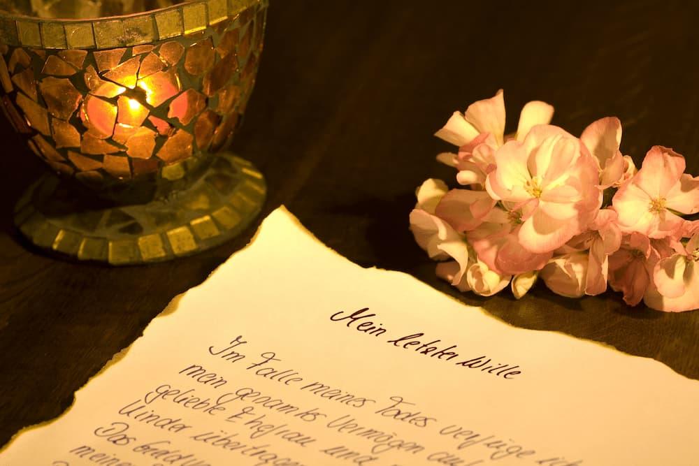 Ein Testament muss handschriftlich errichtet werden © HAKOpromotion, stock.adobe.com