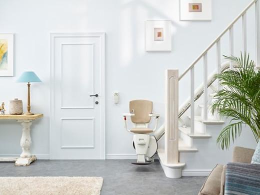 treppenlift service garantie und wartung. Black Bedroom Furniture Sets. Home Design Ideas