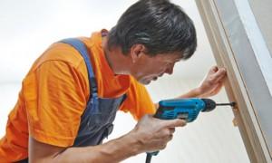 Altersgerechter Umbau: Wie finde ich geeignete Handwerker?