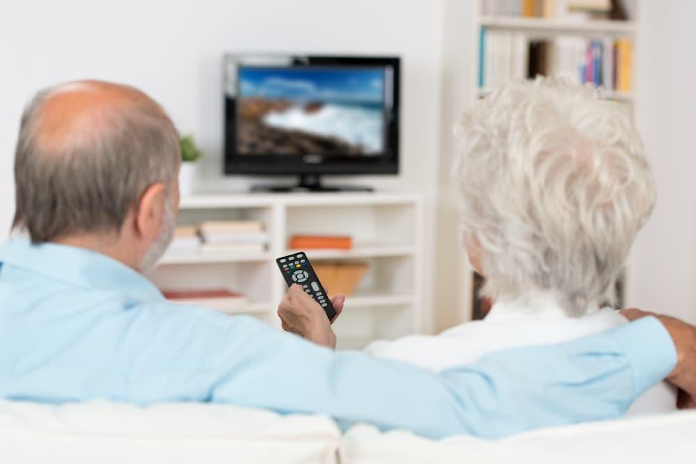 Senioren schauen Fernsehen © contrastwerkstatt, stock.adobe.com